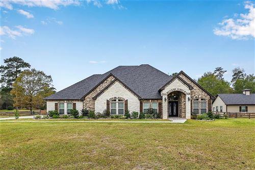 Photo of 15442 Crown Oaks Drive, Montgomery, TX 77316 (MLS # 81926019)