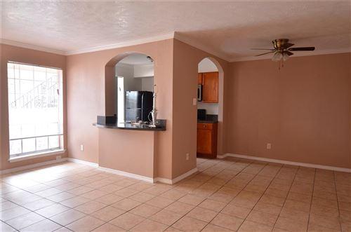 Photo of 5704 Edgemoor Drive #45, Houston, TX 77081 (MLS # 68265021)