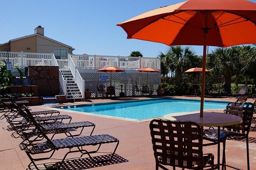 3506 Cove View Boulevard #1304, Galveston, TX 77554 - #: 82809021