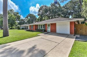 Photo of 2107 Chippendale Road, Houston, TX 77018 (MLS # 85839024)