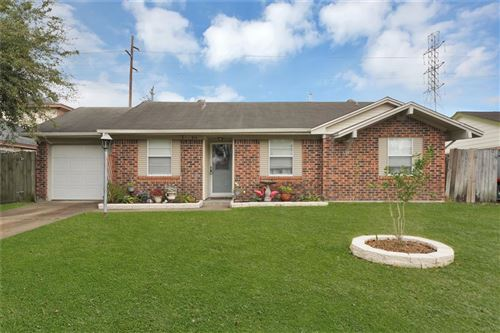 Photo of 834 Brookview Street, Channelview, TX 77530 (MLS # 98890026)