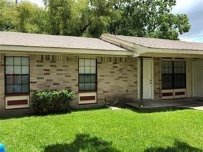 Photo of 3625 Curry Lane, Dickinson, TX 77539 (MLS # 43126030)