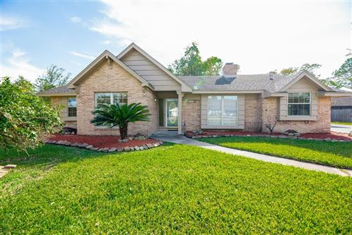 Photo of 629 Seagrove Street, Shoreacres, TX 77571 (MLS # 8648030)
