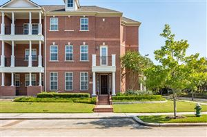 Photo of 70 Shell Port Square, The Woodlands, TX 77380 (MLS # 42023031)