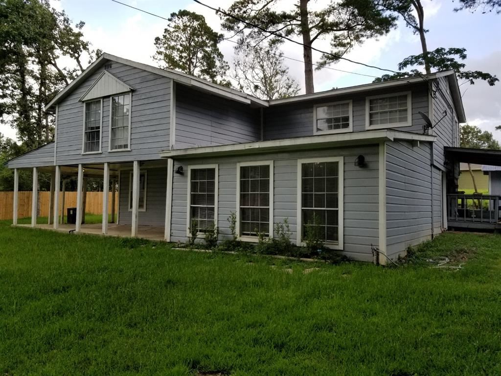 Photo for 1305 Saint Lawrence River Road, Conroe, TX 77316 (MLS # 16390033)
