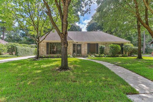 Photo of 4302 Long Glen Drive, Houston, TX 77339 (MLS # 69526034)