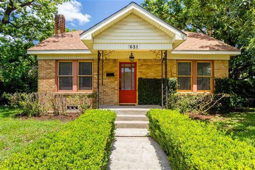 Photo of 631 W Temple Street, Houston, TX 77009 (MLS # 35346035)