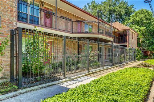 Photo of 611 Hawthorne Street #1, Houston, TX 77006 (MLS # 97165035)