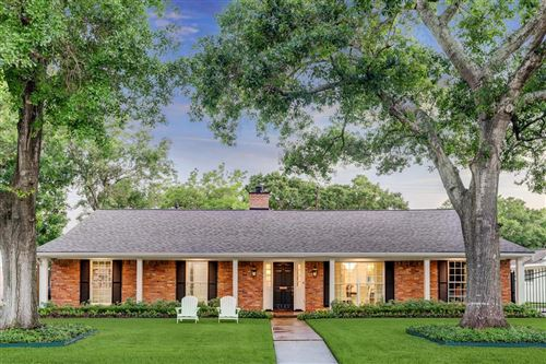 Photo of 6143 Briar Rose Drive, Houston, TX 77057 (MLS # 89645039)