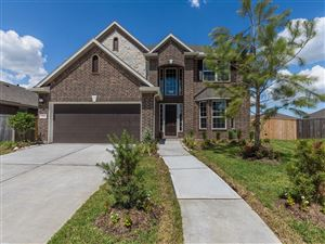 Photo of 2305 Camellia Gables Lane, Pearland, TX 77089 (MLS # 67425042)
