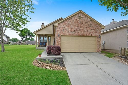 Photo of 113 Cove Place, Montgomery, TX 77356 (MLS # 71677042)