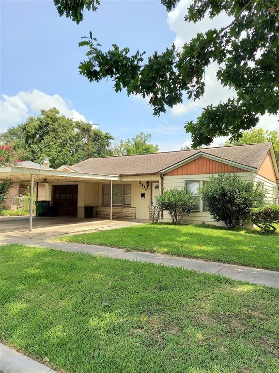 2002 Kentucky Street, Baytown, TX 77520 - MLS#: 45506042