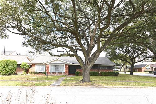 Tiny photo for 4002 Martinshire Drive, Houston, TX 77025 (MLS # 74419044)