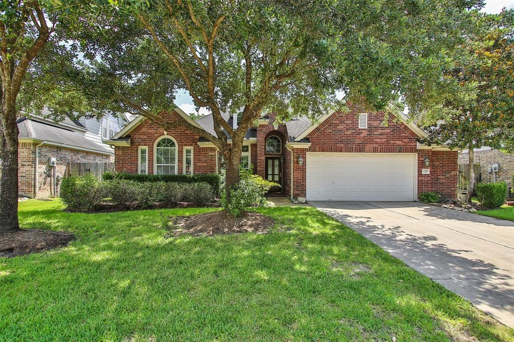 Photo for 13126 Tarbet Place Court, Cypress, TX 77429 (MLS # 31194048)
