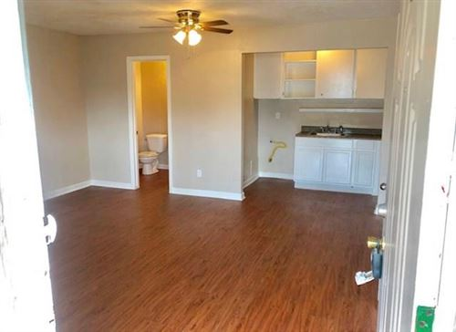 Photo of 1756 W Main Street #14, Houston, TX 77098 (MLS # 8114054)