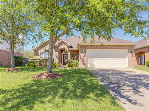 Photo of 2622 White Ibis Court, League City, TX 77573 (MLS # 92310054)