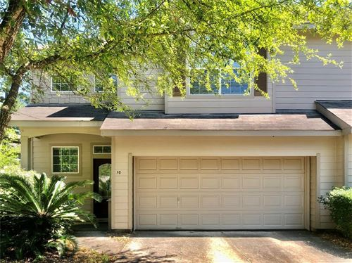 Photo of 10 Nestlewood, The Woodlands, TX 77382 (MLS # 83811055)