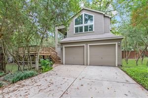Photo of 2 Fire Flicker Place, The Woodlands, TX 77381 (MLS # 28251058)