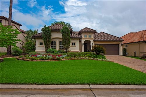 Photo of 39 Gauntlet Drive, The Woodlands, TX 77382 (MLS # 97031059)