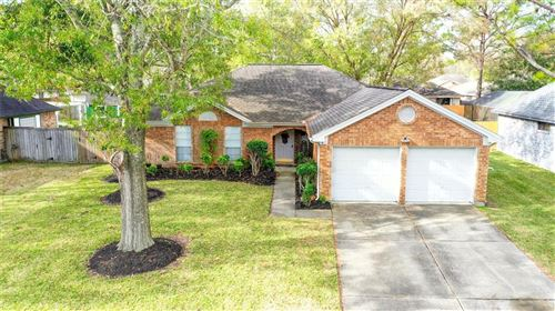 Photo of 417 Holly Fern Dr Drive, League City, TX 77573 (MLS # 24976061)
