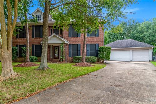 Photo of 901 Chesterwood Drive, Pearland, TX 77581 (MLS # 21056062)