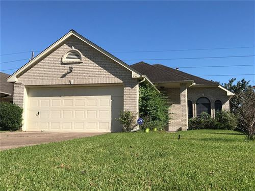 Photo of 707 Redwood Bend Ln, Pearland, TX 77584 (MLS # 79765064)