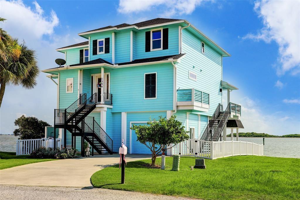 1354 Oahu Drive, Tiki Island, TX 77554 - MLS#: 70473066