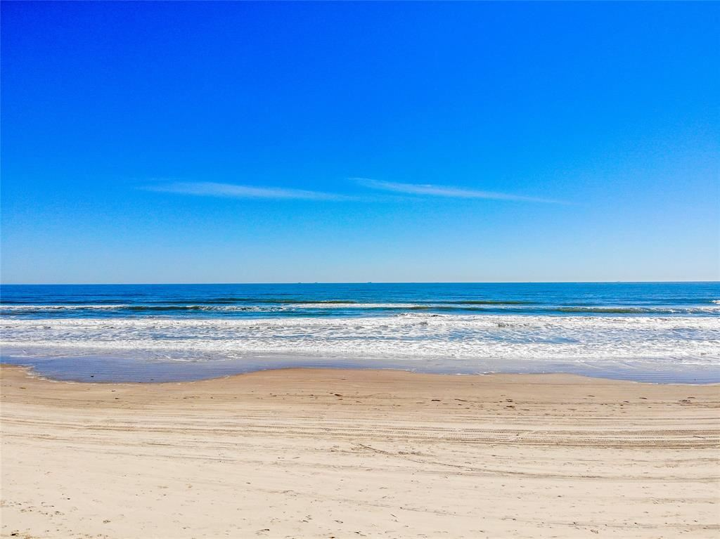 623 beach front, Surfside Beach, TX 77541 - MLS#: 9740067