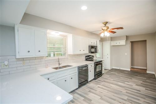Photo of 137 Linnwood Drive, Woodbranch, TX 77357 (MLS # 29475068)