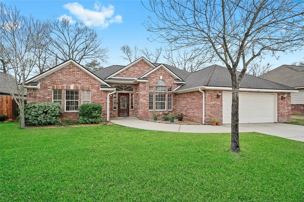 Photo for 12010 Mustang Avenue, Willis, TX 77378 (MLS # 72546068)