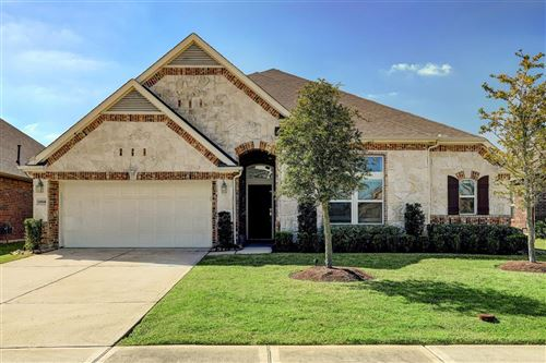Photo of 13934 Farriswood Court, Pearland, TX 77584 (MLS # 22422070)