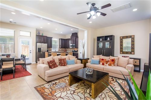 Photo of 11 CHESWOOD MANOR Court, The Woodlands, TX 77382 (MLS # 89066072)