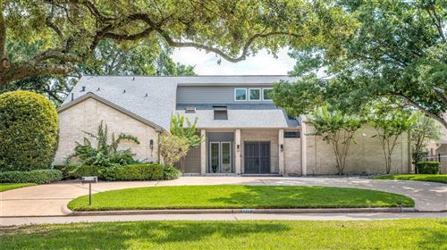 Photo of 2218 Country Club Boulevard, Sugar Land, TX 77478 (MLS # 15071074)