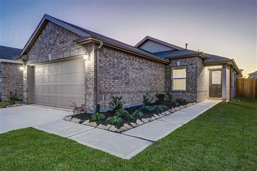Photo of 15623 Pennfield Point Court, Houston, TX 77044 (MLS # 73891074)