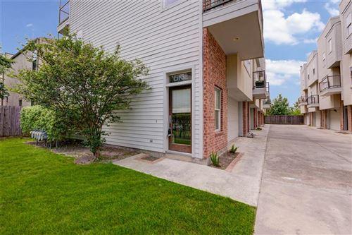 Photo of 637 Rutland Street #1, Houston, TX 77007 (MLS # 41933078)