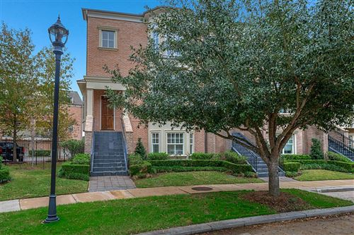 Photo of 18 History Row, The Woodlands, TX 77380 (MLS # 98090078)
