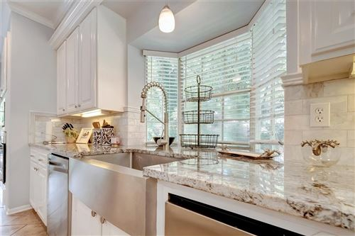 Photo of 15 Cattail Place, The Woodlands, TX 77381 (MLS # 93158081)