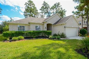 Photo of 154 Rocky Point Drive, The Woodlands, TX 77389 (MLS # 31090082)