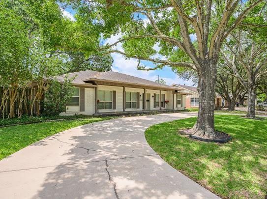 8115 S Braeswood Boulevard, Houston, TX 77071 - #: 41472082
