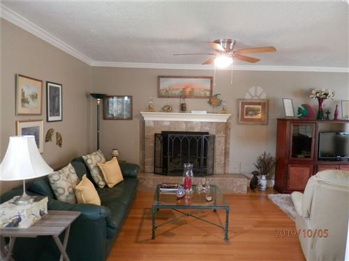 Photo of 515 Clear Lake Road, Clear Lake Shores, TX 77565 (MLS # 40466083)