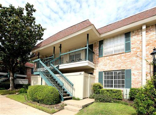 Photo of 845 Augusta Drive #27, Houston, TX 77057 (MLS # 83093086)