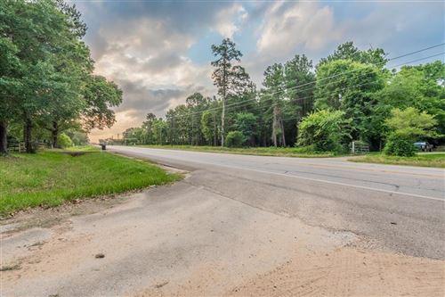 Photo of 12595 Fm 2432 Road, Willis, TX 77378 (MLS # 96289086)