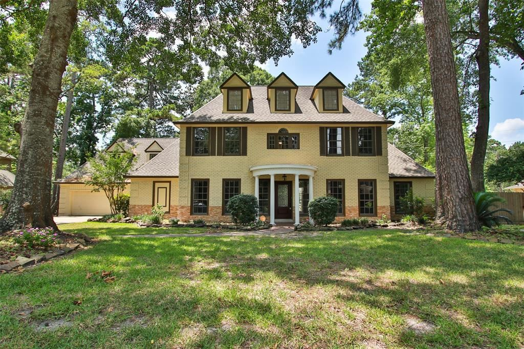 Photo for 2011 Forest Garden Drive, Kingwood, TX 77345 (MLS # 66564088)
