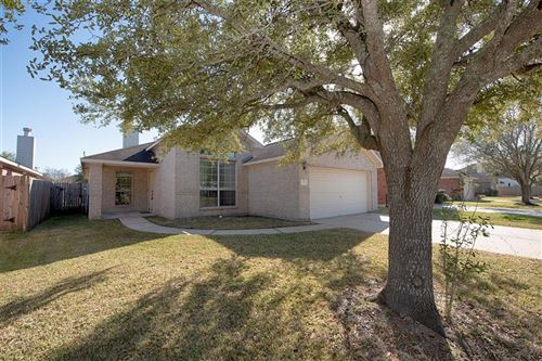 Photo of 727 Chase View Drive, Bacliff, TX 77518 (MLS # 39146094)