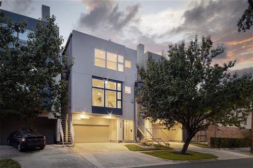 Photo of 1822 Brun Street, Houston, TX 77019 (MLS # 98698098)