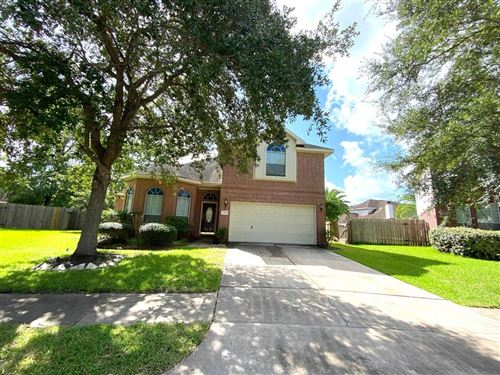 Photo of 3318 Cotswald Trail, Pearland, TX 77584 (MLS # 2104100)