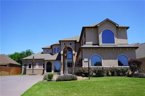Photo of 36 Somerton Drive, Montgomery, TX 77356 (MLS # 54276100)