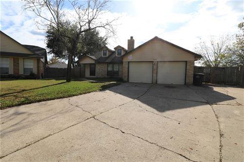 Photo of 3203 Fox Run Drive, Alvin, TX 77511 (MLS # 84925100)