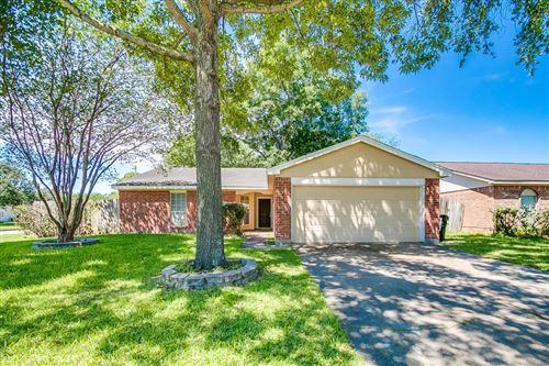 Photo of 1103 Ravenscourt Drive, Sugar Land, TX 77498 (MLS # 36103104)