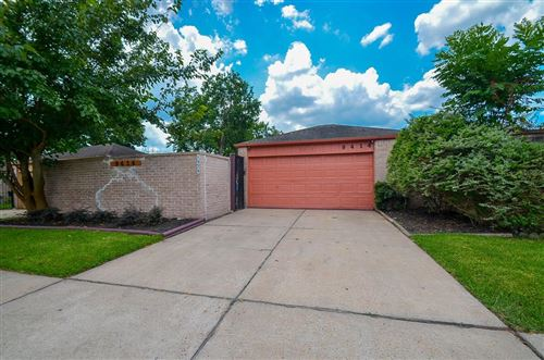 Photo of 9414 CLIPPERWOOD Place, Houston, TX 77083 (MLS # 82808104)